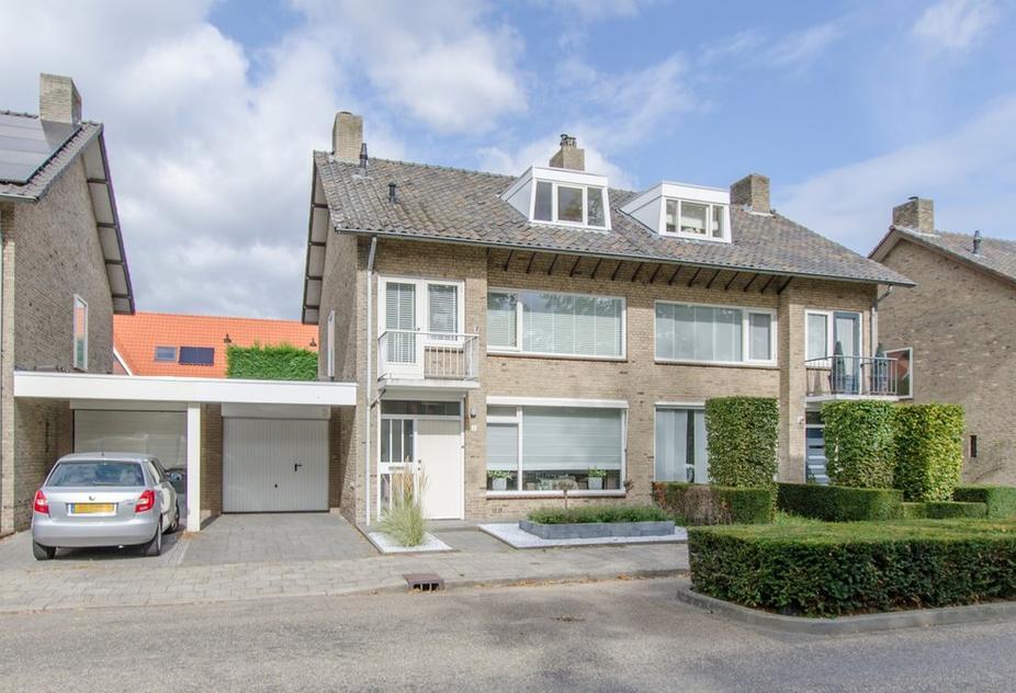 Vincent Van Goghlaan 5 in Waalre 5581 JL