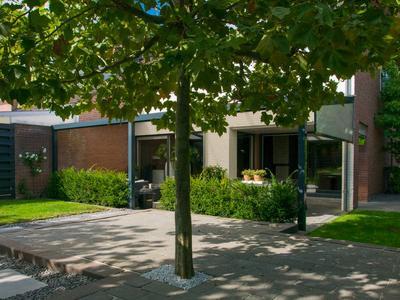 Burgemeester Van Laarstraat 19 in Cadier En Keer 6267 EV