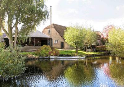 IJsseldijk-Noord 252 in Ouderkerk Aan Den IJssel 2935 BR