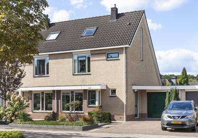 Sterremos 18 in Veenendaal 3904 JW