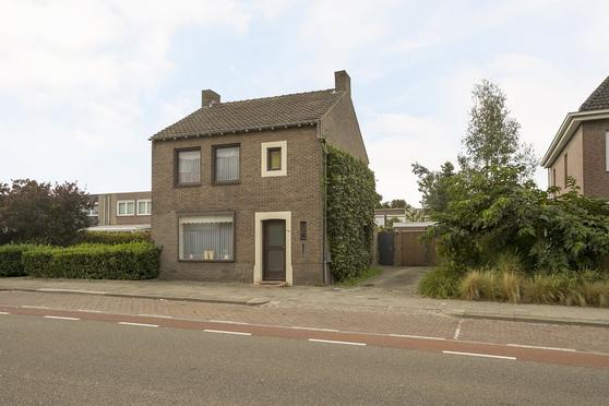 Hoofdstraat 310 in Landgraaf 6372 ET