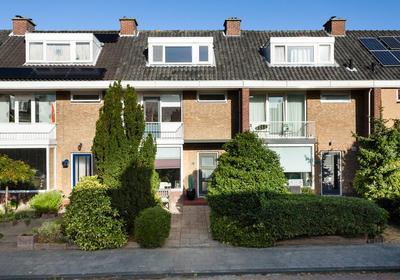 Houtsnipstraat 28 in Maassluis 3145 LA