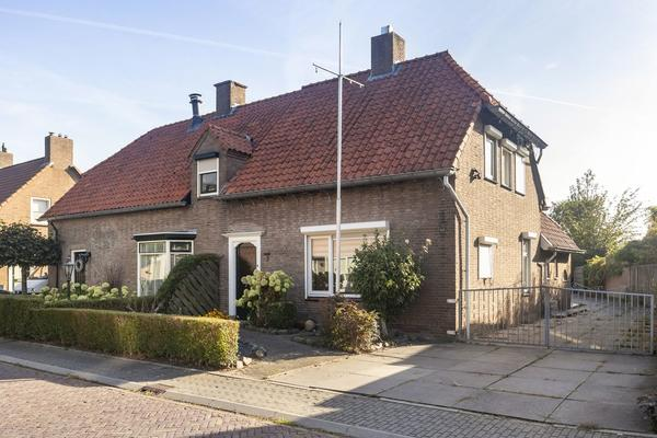 Essenpasstraat 2 in Gendt 6691 BE