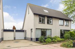 Pieter Oudlaan 18 in Oosterhout 4908 DG