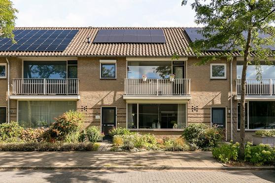 Hoenderberglaan 8 in Eindhoven 5628 EC