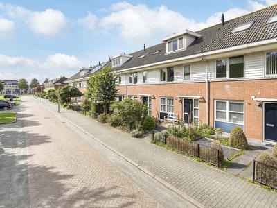 Schubertlaan 38 in Nieuw-Vennep 2151 GB