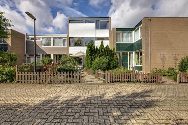 Looiersdreef 692 in Apeldoorn 7328 HW