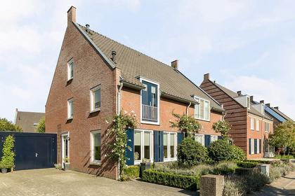 Luitvoort 14 in Helmond 5706 HC