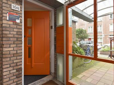 Van Der Duynstraat 164 in 'S-Gravenhage 2515 NM