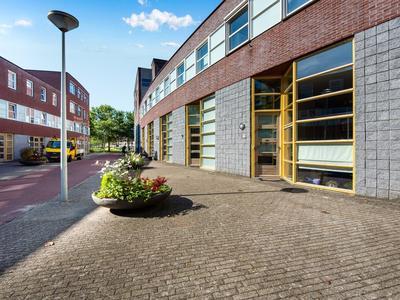 Oostakkerstraat 91 in Amsterdam 1066 HR