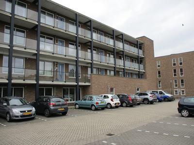 Vicarielaan 2 B in IJsselstein 3401 AS