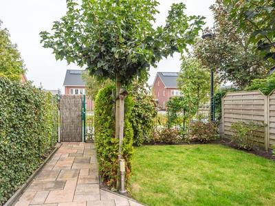 Rindert Van Zinderen Bakkerweg 14 in Heerenveen 8448 RJ