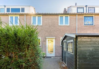 Van Der Helstpark 39 in Muiderberg 1399 GH