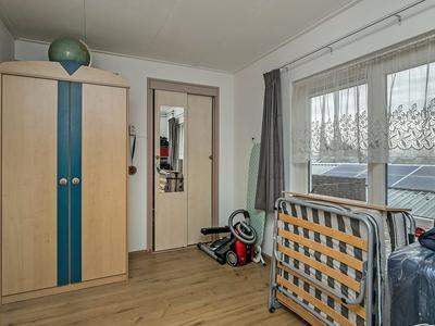 Floraweg 117 in Roelofarendsveen 2371 AR