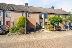 Hendrina Broekmanstraat 6 in Zwolle 8017 DL