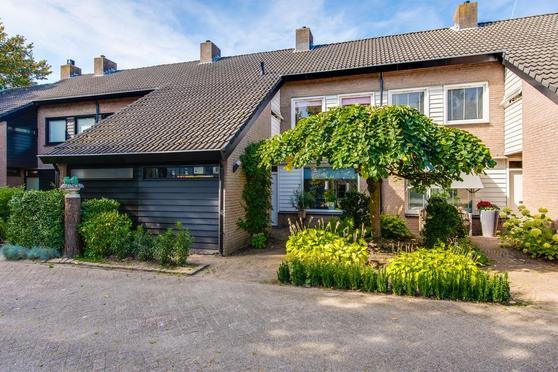 Merlijnshof 7 in Prinsenbeek 4841 HA