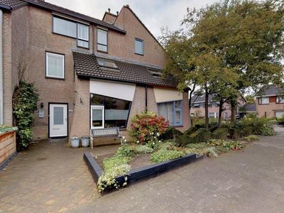 Vincent Van Goghlaan 4 in Oosterhout 4907 PG
