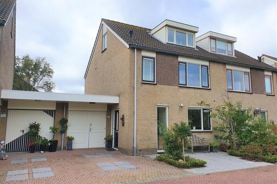Aalbersestraat 36 in Naaldwijk 2672 DR