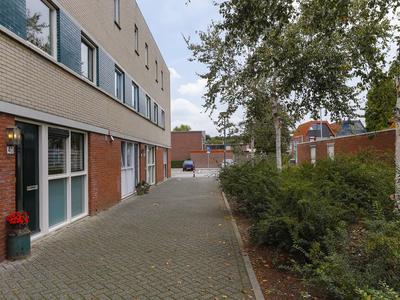 Ajuinstraat 40 in Hoogvliet Rotterdam 3193 TX