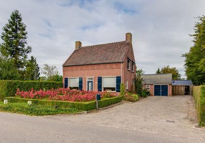 Prof. H. Van Der Hoevenstraat 11 in Klein Zundert 4882 JE