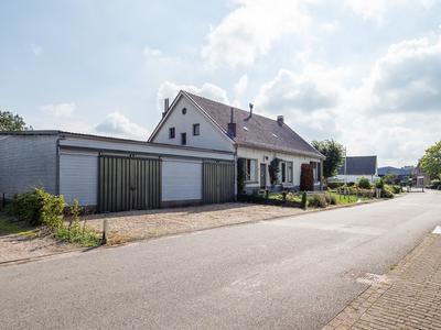 Molenstraat 8 in Maurik 4021 GD