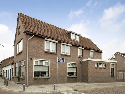 Zuiddijk 44 in Langeweg 4771 RM
