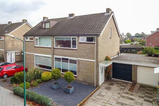 Harmonielaan 7 in Prinsenbeek 4841 VK