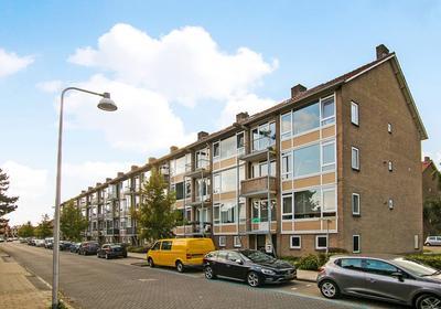 Arent Krijtsstraat 115 in Diemen 1111 AK