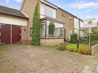 Prof. Van Eijsingastraat 11 in Noordwijkerhout 2211 RZ