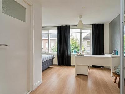 Grotestraat 91 in Waalwijk 5141 JN