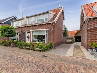 Oranjestraat 41 in Hardinxveld-Giessendam 3373 AJ