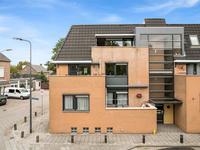 Van Meeuwenstraat 45 in Rosmalen 5243 TD