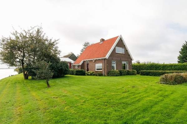Pontdyk 42 in Langweer 8525 DM