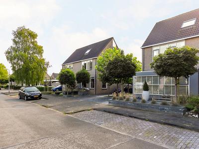 Idzerdastins 44 in Leeuwarden 8925 AJ
