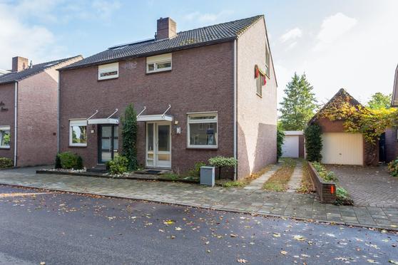 Heinsbergerweg 233 in Roermond 6045 CG