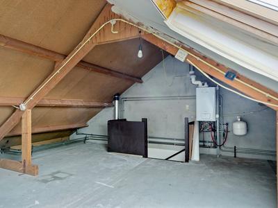 Karveel 15 43 in Lelystad 8231 AV