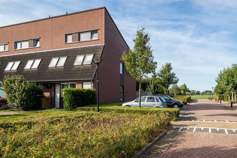 Hooge Waard 17 in Maurik 4021 GX