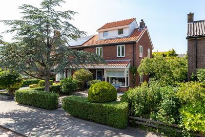 Constantijn Huygensstraat 100 in Heemskerk 1962 TC