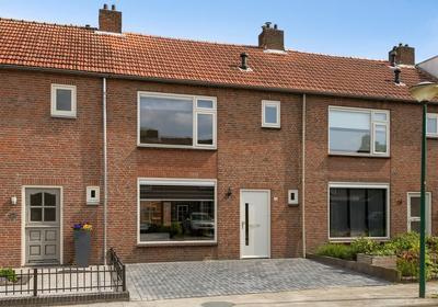 Koningin Julianastraat 38 in Bergeijk 5571 GE