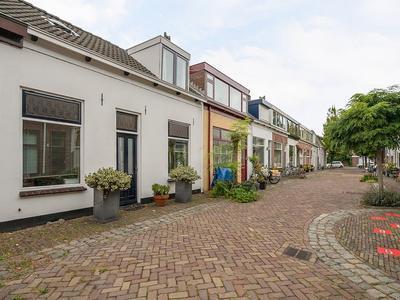Piet Heinstraat 16 in Maassluis 3143 AK
