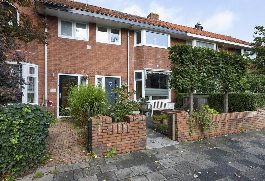 Hobbemastraat 38 in Leeuwarden 8932 LB