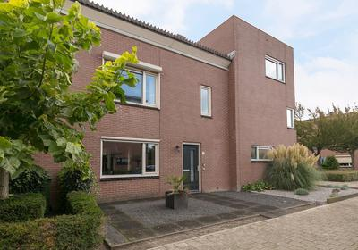 Heer Halewijnstraat 15 in Oosterhout 4906 ED