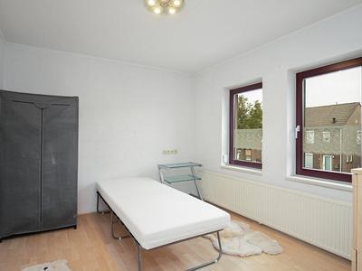 Jasmijnstraat 29 in Geleen 6163 GM