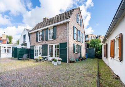 Gang 11 in Wassenaar 2242 KD