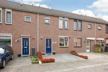 Roodborststraat 18 in Duiven 6921 KH