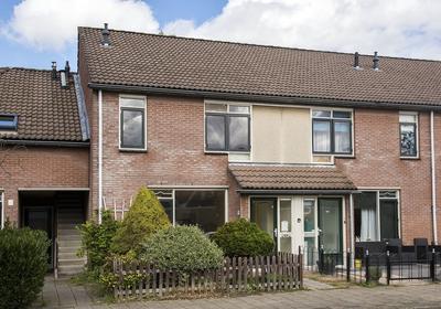 Johan Buziaustraat 99 in Hengelo 7558 LJ