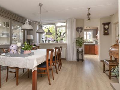 Van Den Wildenbergstraat 33 in Zegge 4735 CJ