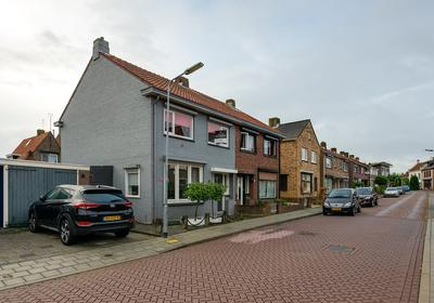 Beatrixstraat 17 in Yerseke 4401 EJ