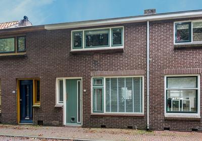 Oostdijk 95 in Middelharnis 3241 CN