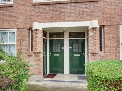 Hoofdweg 285 - 3 in Amsterdam 1057 CX